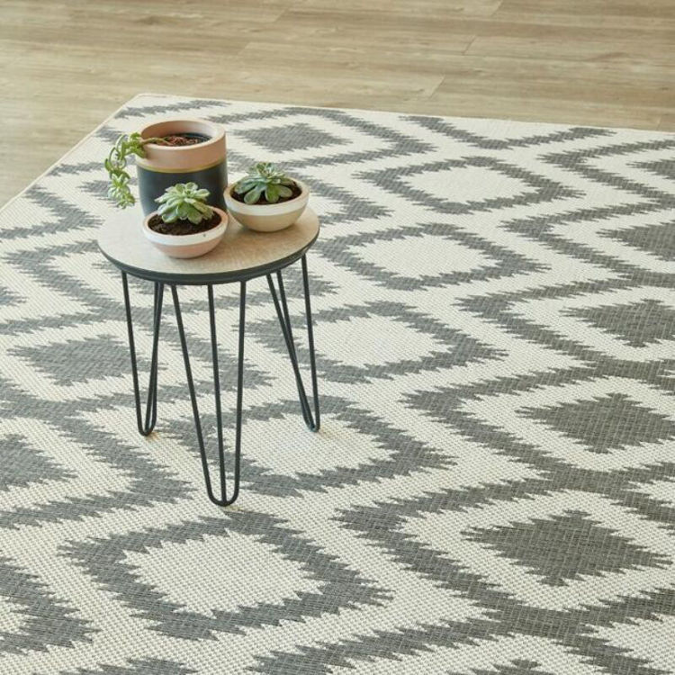 DIAMOND GREY RUG